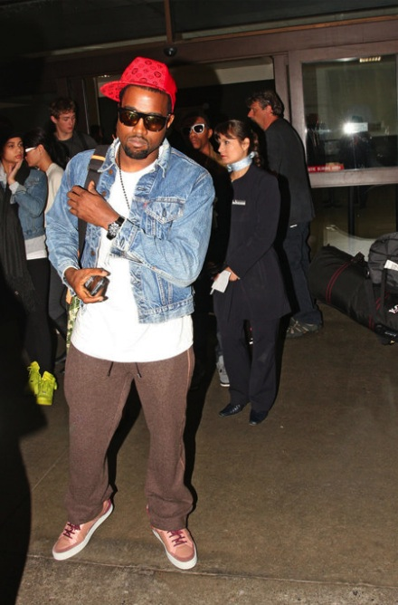 Kanye_west_levis_jean_jacket_jt2